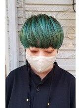 個性派さんカラーにグリーンヘア☆