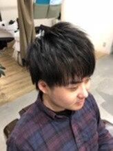 ショートスタイル ナチュラル ツーブロック ビジネスマン向け スーツに合う 大阪 理容室 メンズ美容室 クフィア
