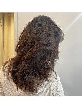 しなやかに動く髪で華やかさアップ!