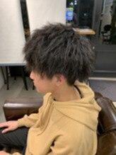 ソフトツイストパーマ ソフトツイストマッシュ メンズ 大阪 なんば メンズ美容室 クフィア
