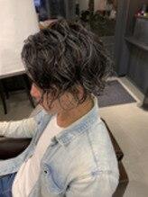 パーマ ツーブロック メンズ 刈り上げ バリカン ハイライト ローライト