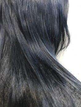 ダブルカラーでクールな髪色に★