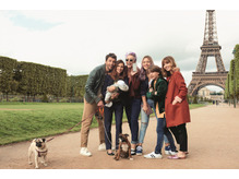 """mod's air de famille a Paris"""