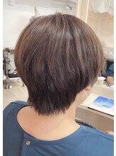 ★伸ばしかけ×くびれショートヘア★