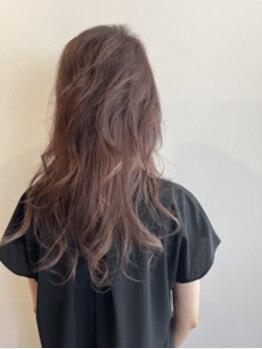 毛流れ引き立つインナーカラー&バレイヤージュカラー