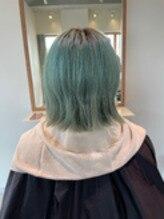 ダメージによる髪の広がりを抑えるサロンケア